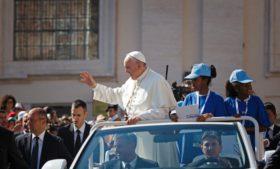 Entenda como a visita do papa Francisco afetará a sua vida em Dublin