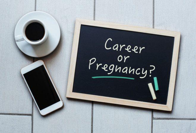 Vida profissional e gravidez podem sim ser compatíveis. Foto: Nataliaderiabina | Dreamstime.com