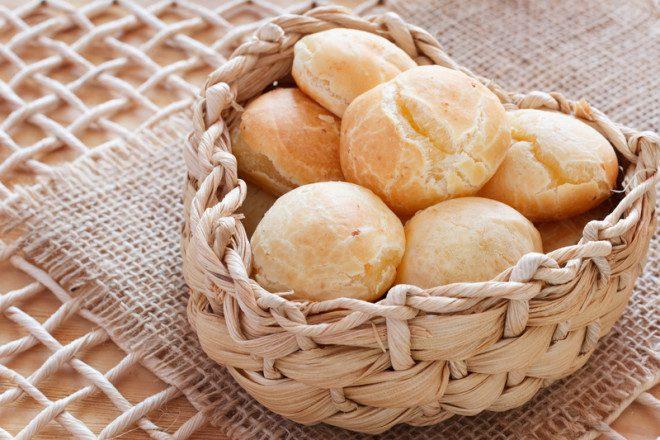 Vontade de fazer um pão de queijo? Lojas brasileiras em Dublin vendem a massa para o preparo. Foto: Iuliia Timofeeva/Dreamstime