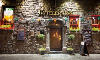 Se beber, vá de ônibus: conheça o Rural Pub Tours na Irlanda