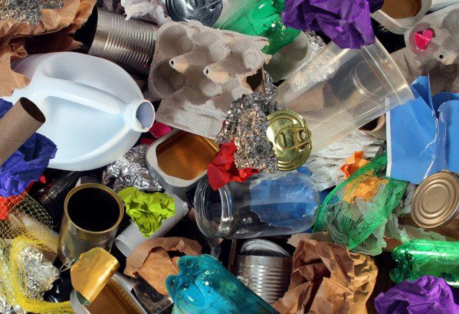 É dever do cidadão separar o lixo recicável limpo e seco. Foto: Skypixel/Dreamstime