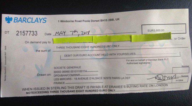 Cheque enviado à vítima não tem fundo. Foto: acervo pessoal