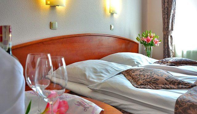 Hotel ou hostel? Qual será a melhor opção para a sua viagem?