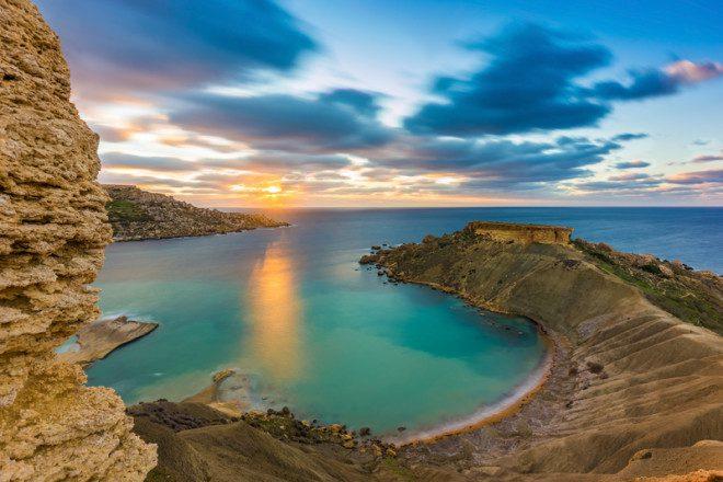 Clima tropical em Malta favorece a adaptação dos estudantes brasileiros. © Zoltan Gabor | Dreamstime.com