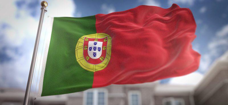 Filhos de estrangeiros nascidos em Portugal serão Portugueses de origem