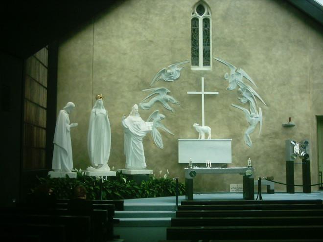 Santuário de Knock, onde houve a aparição de Nossa Senhora, São José e São João, será visitado pelo papa Francisco. Foto: Wikimedia