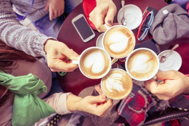 Explorar o roteiro de cafés pela cidade pode revelar surpresas no inverno irlandês. © Dreamstime.com