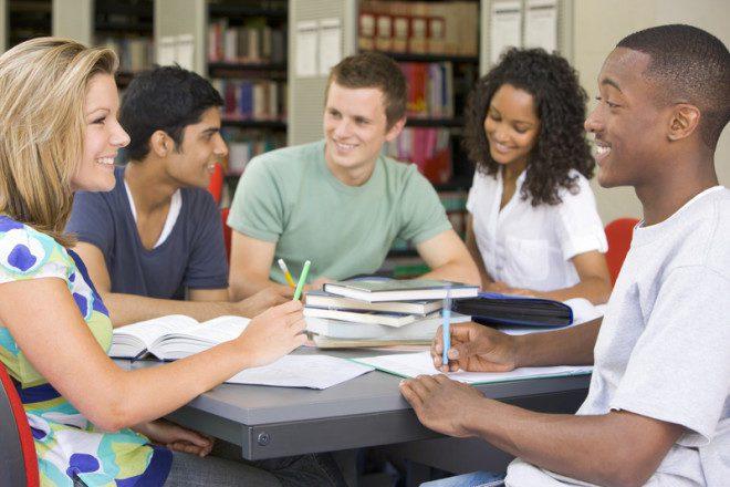 Irlanda pretende se tornar referência de ensino para estudantes internacionais. Foto: Monkey Business Images | Dreamstime