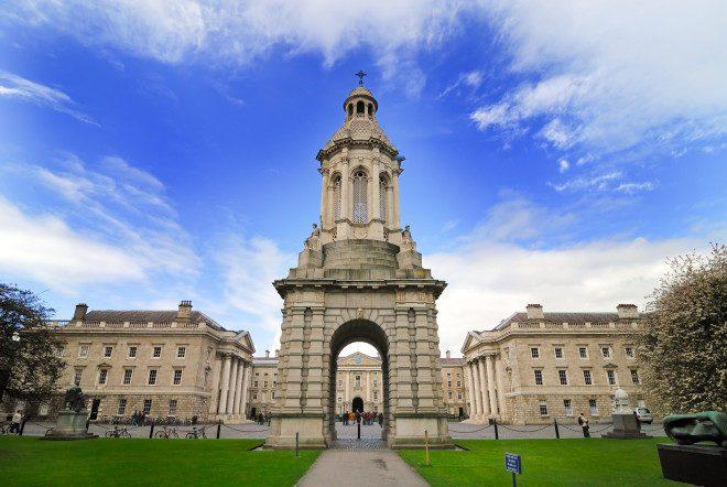 A Trinity College possui cursos de Teatro com duração a partir de 1 ano. Crédito: Nhtg | Dreamstime