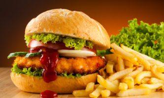 Burger Day: irlandeses vendem 2 hambúrgueres pelo preço de 1