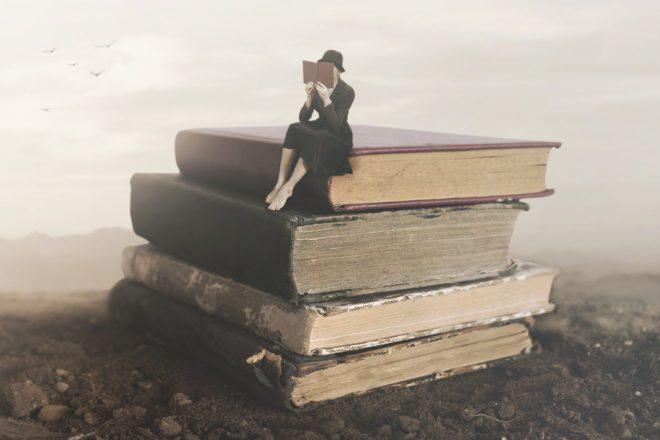 O livro é uma boa companhia para aprender um novo idioma. © CristinaConti | Dreamstime.com