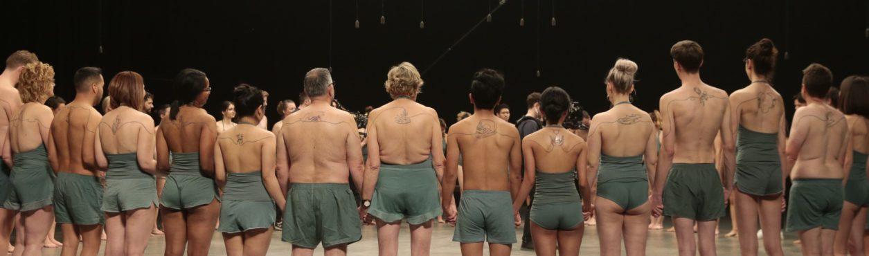 Campanha liga pessoas de todo o mundo por meio de tatuagens