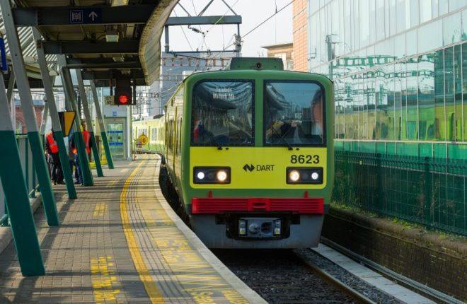 Irlanda anuncia 600 novos trens elétricos em projeto ecológico