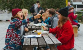 Dublin Vegfest reúne variedade de sabores no Griffith College