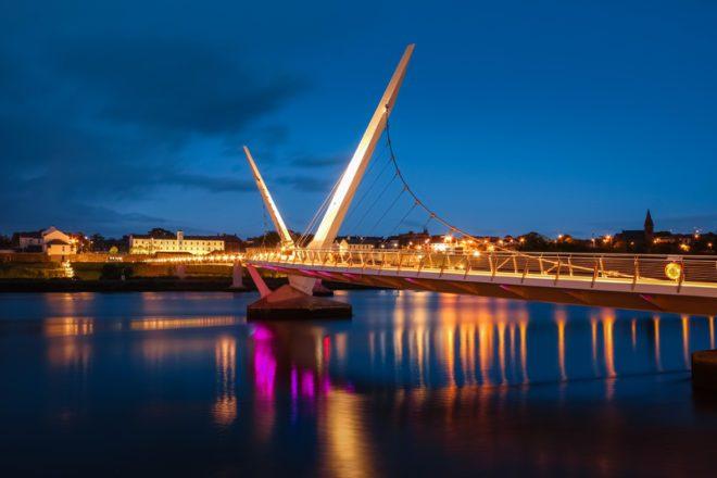 A Irlanda do Norte pertence ao Reino Unido, e a moeda é a Libra.© Daniel M. Cisilino | Dreamstime.com