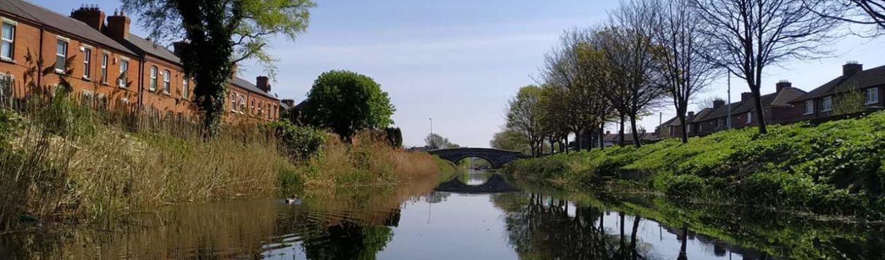 Que tal passear de caiaque pelo Grand Canal?