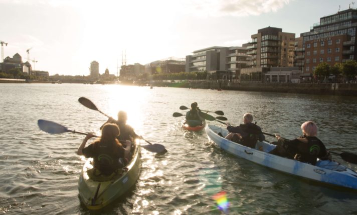 Projeto inicia novo esquema de coleta de plástico do Rio Liffey