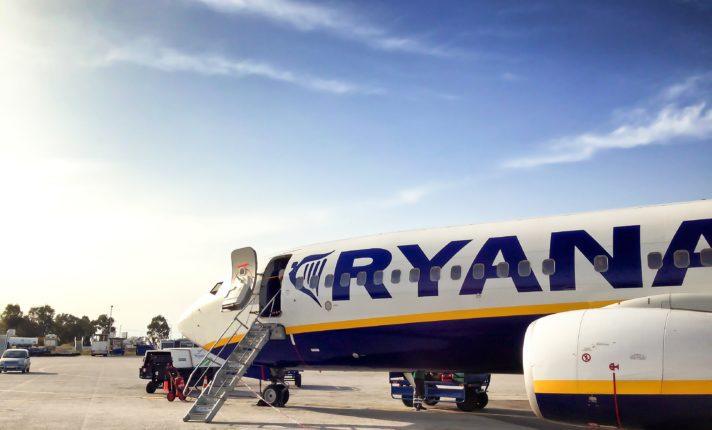 Ryanair anuncia promoção com voos a partir de 9,99 euros