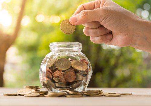 Como salvar dinheiro para o seu intercâmbio na Irlanda. Fonte: Sutterstock