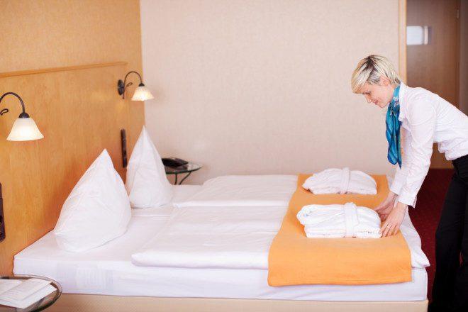 O trabalho é bastante requisitado com o aumento do fluxo de turistas em hotéis e hospedarias.© Racorn | Dreamstime.com