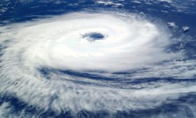 Instituto meteorológico irlandês se diz preocupado com furacão Lorenzo