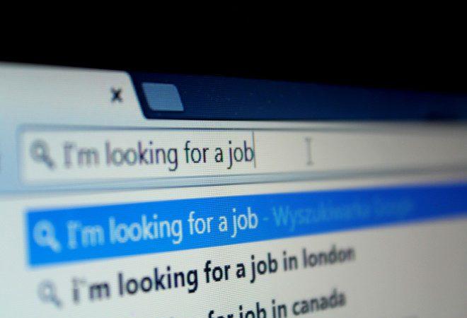 Uma dos lugares para procurar trabalho é na internet, nas agencias de trabalho.© Dawid2407 | Dreamstime.com