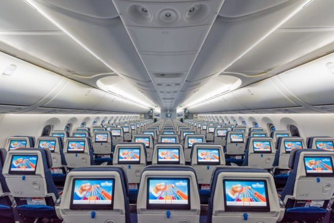 KLM estende idade para a compra de passagem para estudantes que agora é de 18 a 45 anos. Foto: Reprodução