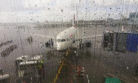 Aeroporto de Dublin tem voos cancelados pela tempestade Lorenzo