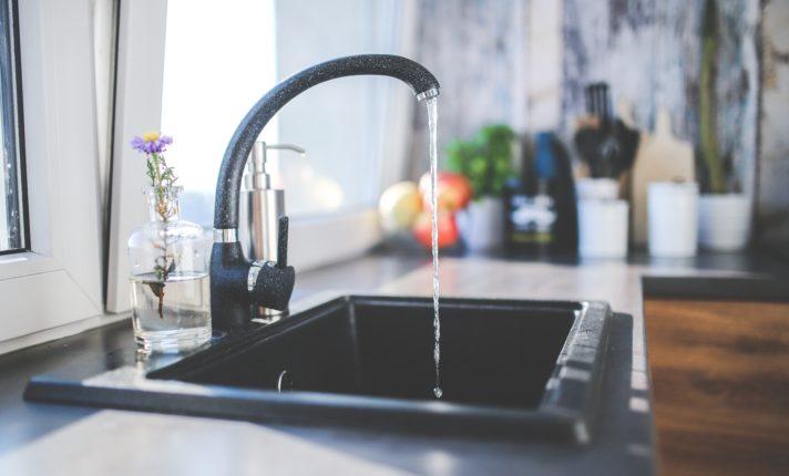 Água imprópria para consumo atinge 600 mil pessoas na Irlanda