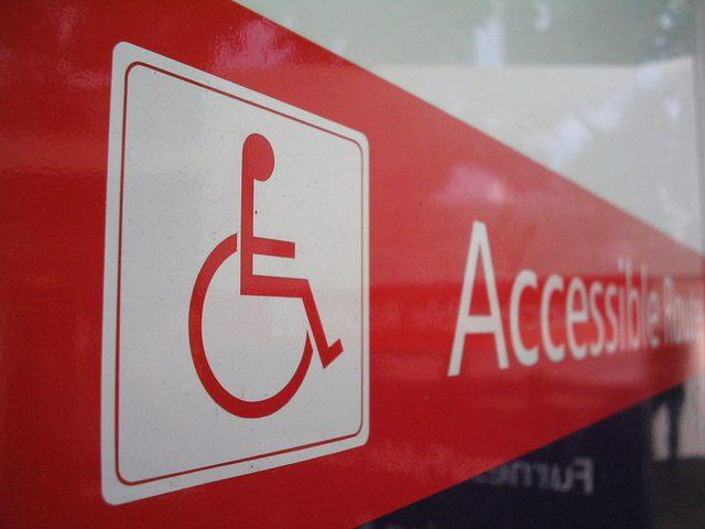 5,7% da população estudantil de ensino superior na Irlanda tem algum tipo de deficiência. Imagem: Free Images