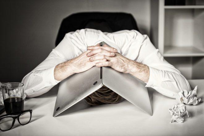 Desmotivação, cansaço e insatisfação podem ser indicativos da mudança necessária. © Kaspars Grinvalds | Dreamstime.com