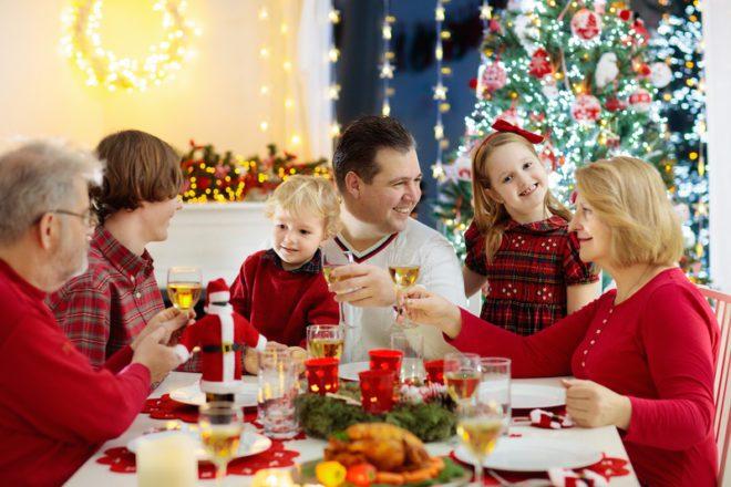 Típico almoço de Natal na Irlanda.©Famveldman|Dreamstime.com