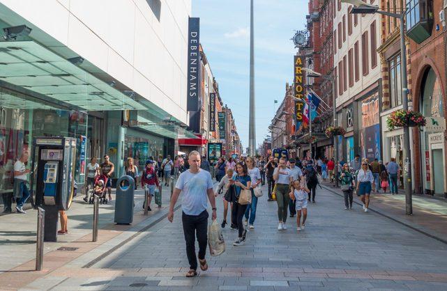 Em Dublin as lojas têm horários diferentes do que estamos acostumados.© David Steele | Dreamstime.com