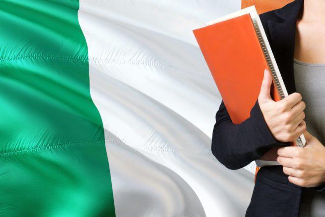 Novas regras no visto alteraram o tempo de duração, a permissão de trabalho e as regras para estudar na Irlanda na última década. © Sezer Ozger | Dreamstime.com