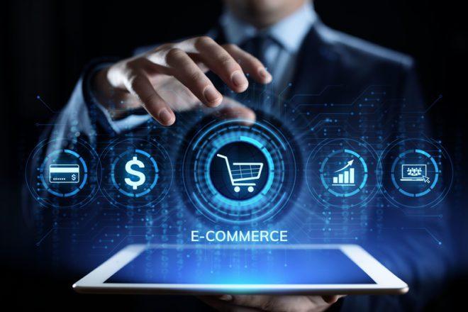 O primeiro tipo de comércio virtual surgiu nos anos 1970 com a compra por meio do telefone através de anúncios pela televisão. © Ksenia Kolesnikova|Dreamstime.com