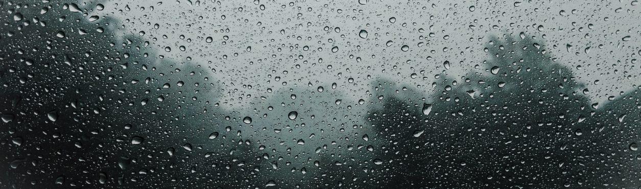 Irlanda emite alerta de tempestade no fim de semana