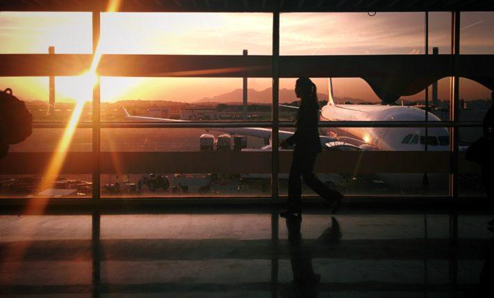 Brasil estende restrição para entrada de estrangeiros