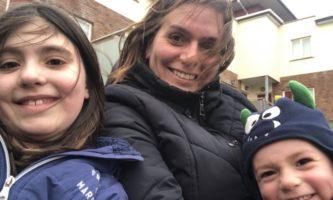 Brasileiras falam sobre desafio de ser mãe na Irlanda