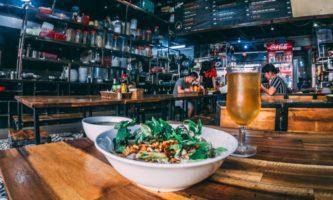 Metade dos pubs de Dublin podem reabrir em junho