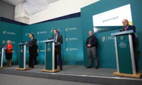 Governo revê lockdown e aprova mudanças para terceira fase