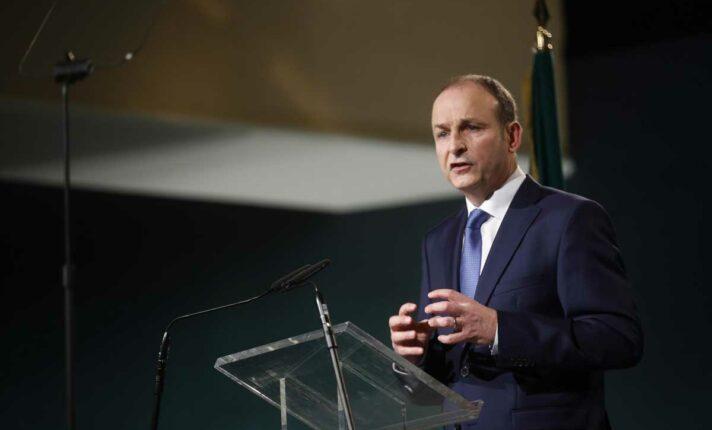Micheál Martin é eleito primeiro-ministro irlandês