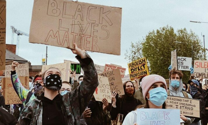Fim de semana teve protestos antirracistas na Irlanda