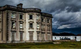 Mansão mal assombrada está à venda na Irlanda