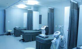 Covid-19: Hospitais irlandeses registram 13 pessoas internadas