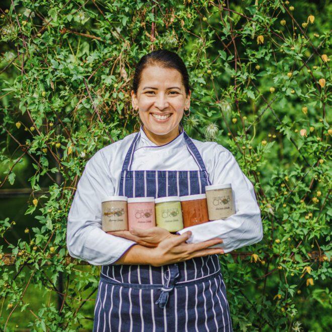 chef Giselle Makinde com sorvetes