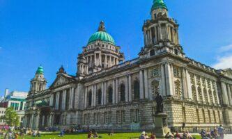 Covid-19: Irlanda do Norte registra 6 mil novos casos em uma semana