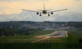 Covid-19: testes em aeroportos da Irlanda devem custar a partir de 149 euros