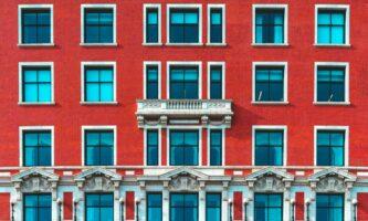 Quarentena em hotéis na Irlanda: reservas são suspensas até dia 19