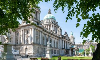 Conheça a capital da Irlanda do Norte