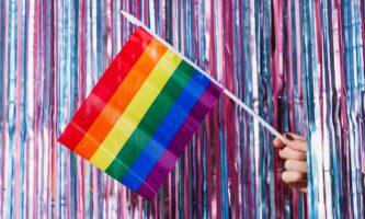 Irlanda cria programa de capacitação para jovens LGBTI+